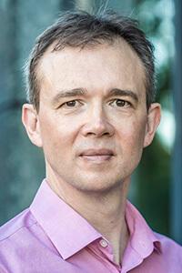 Portrait von der Gottwald-Partner für Sprecherstimme (m4 - englisch) Richard Ayrton (UK English Native).