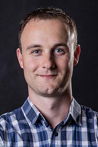 Portrait von der Gottwald-Partnerin für Webdesign inkl. SEO Toni Frisch.