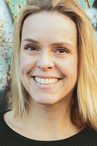 Portrait von der Gottwald-Partnerin für Sprecherstimme (w) Larissa Koch.