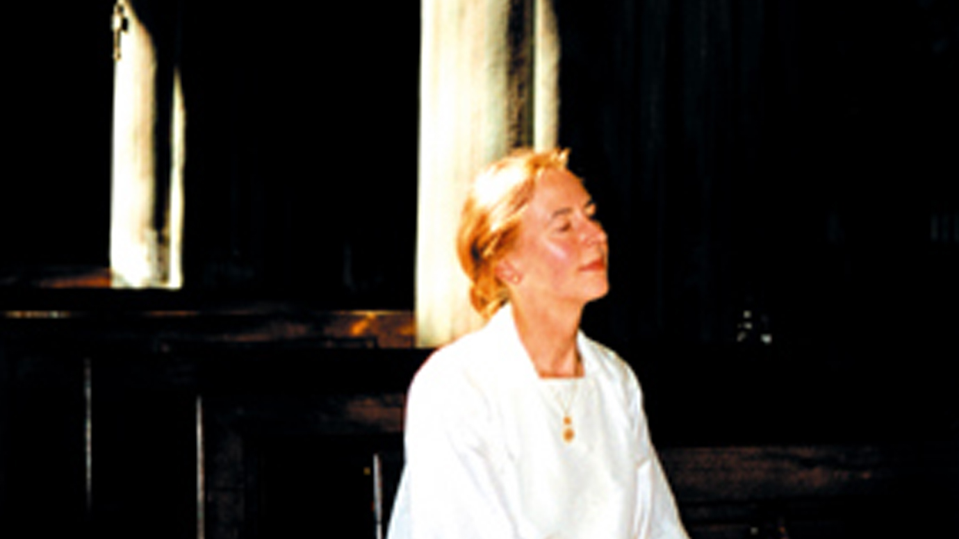 foto van Greta Blok in kerk. de Duomo, Biella