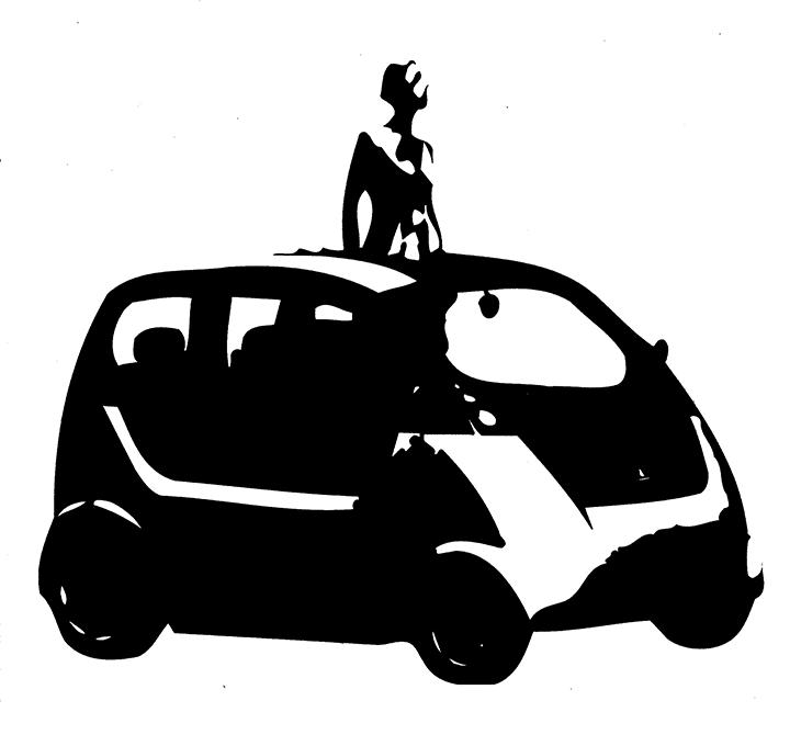 mijn moeder staande in een ecologische, hybride auto