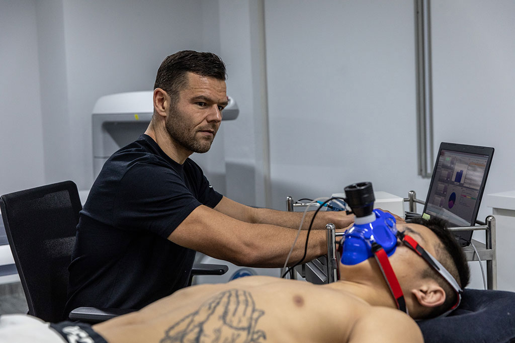 Sport science testing with an athlete