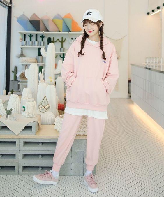 Hoodie Imut Warna Pink
