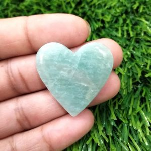 Heart shape stone