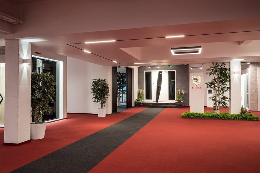 Най-големият дизайн център за врати