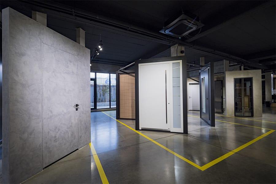 Най-големият дизайн център за врати - мостри врати за къща