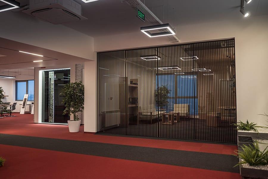 Най-големият дизайн център за врати - стъклени интериорни врати и прегради