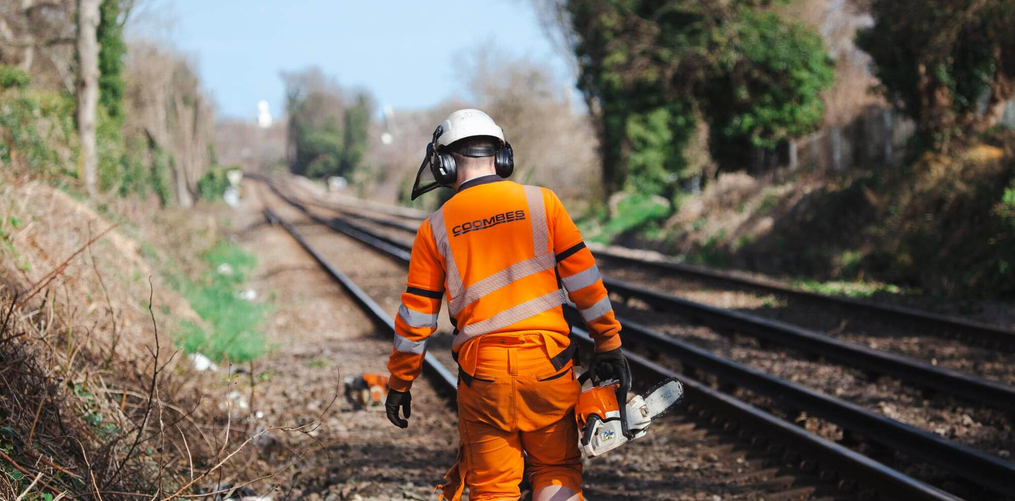 Mobile AEDs for rail staff