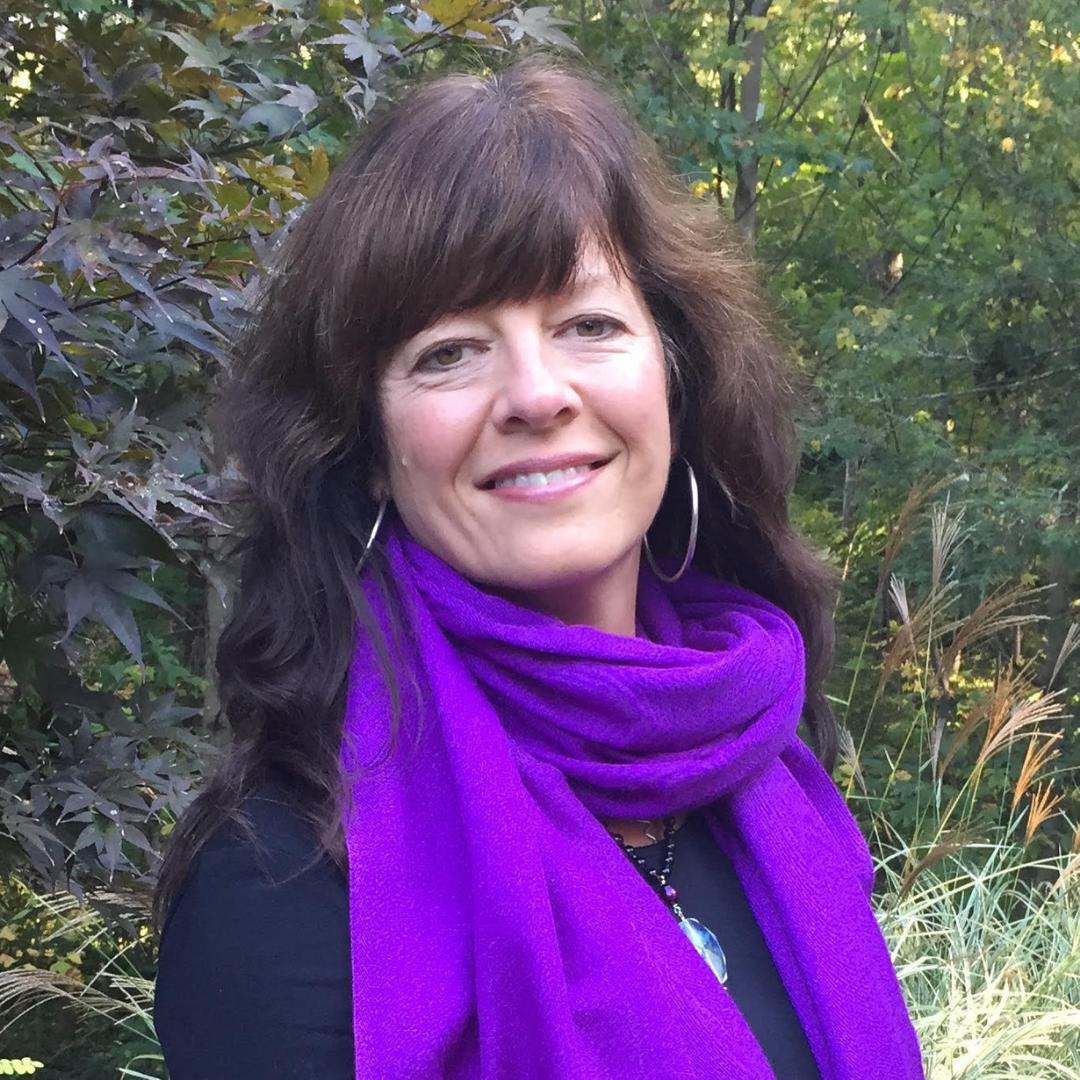 42. Incorporating Fluid Motion & Somatics to Optimize Health with Bobbie Ellis