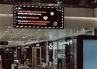 ecran d'affichage dynamique dans une galerie commerciale