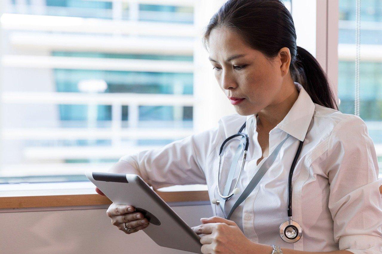 Les avantages de l'affichage dynamique dans les cabinets médicaux et établissements de santé