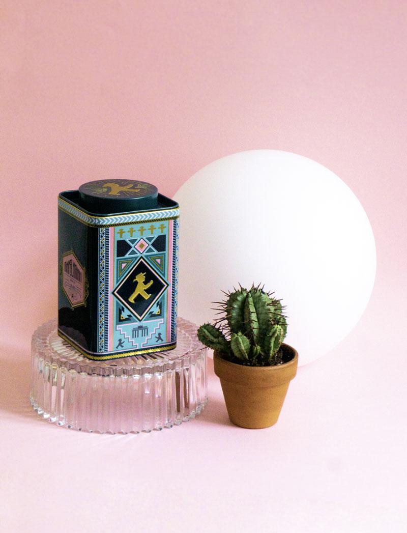 Design of a tea tin for Ampelmann Berlin by Alexandra Linortner