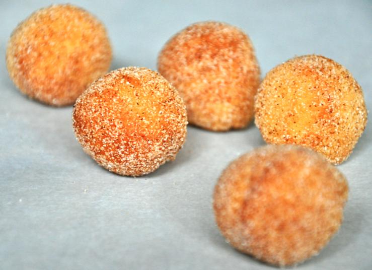 23-Delicious-Delightful-Recipes-donut-holes