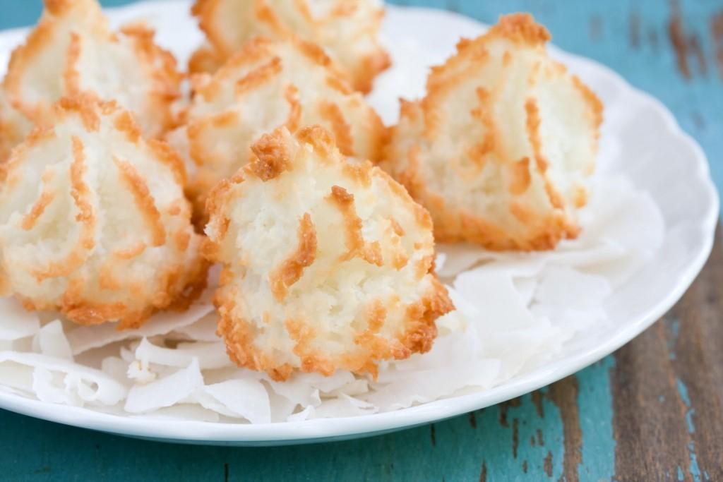 23-Delicious-Delightful-Recipes-coconut-macaroons_17511