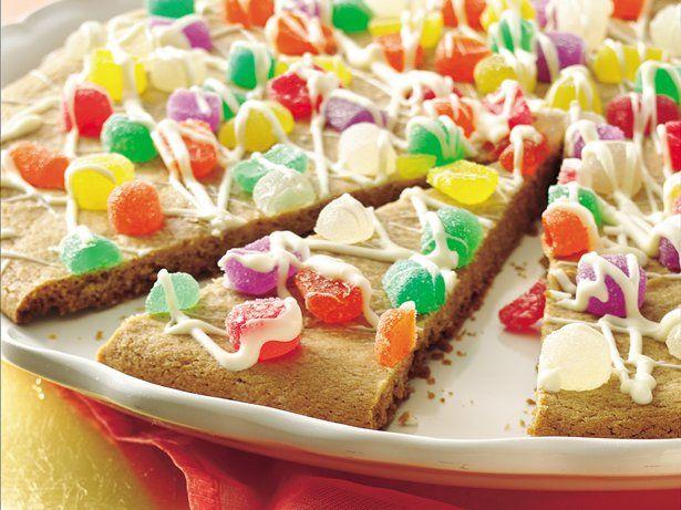 63-Rainbow-Recipes-Cookie-Pizza
