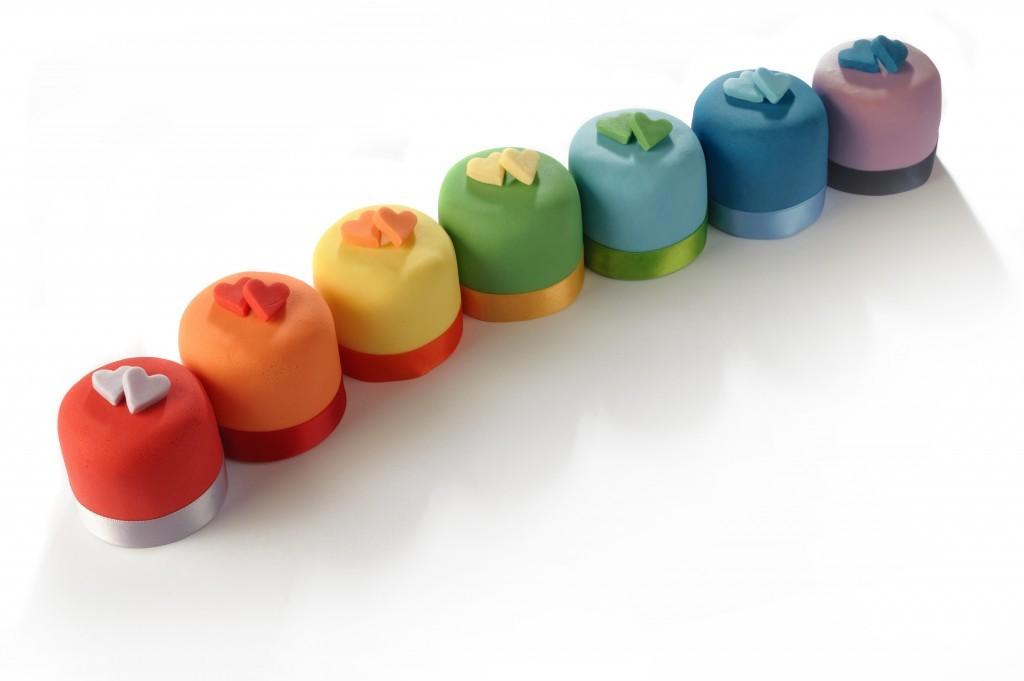 63-Rainbow-Recipes-mini-cakes