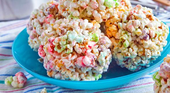 63-Rainbow-Recipes-Crunch-Balls