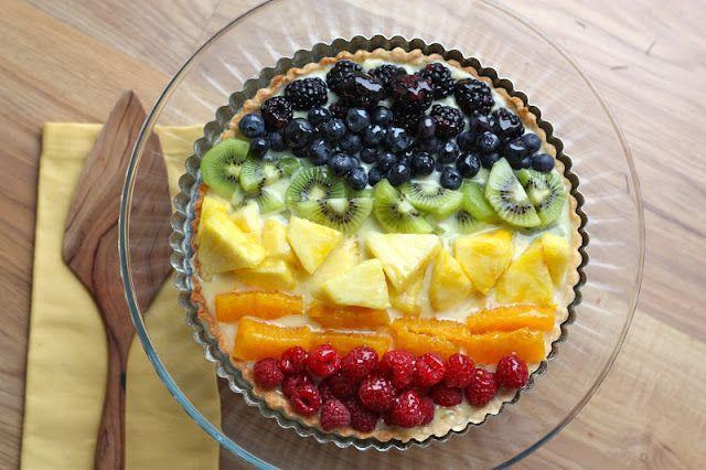63-Rainbow-Recipes-Fruit-Tart