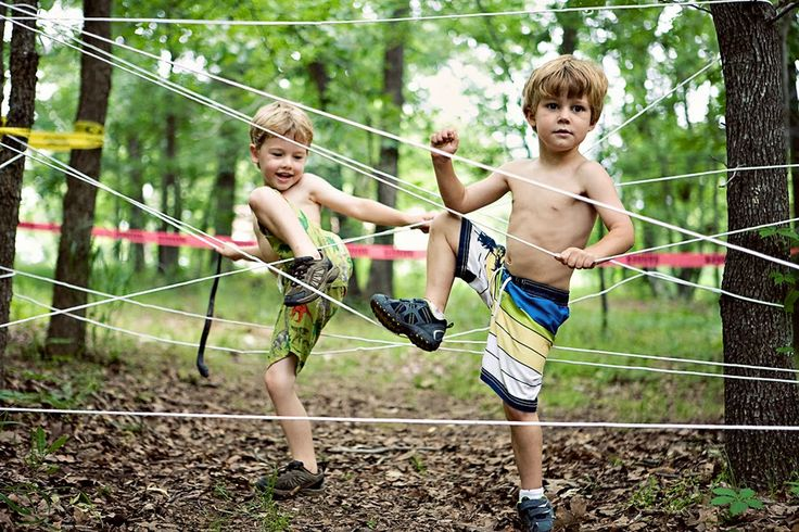 21-Kid- friendly-obstacle-course