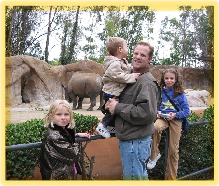 21-Kid- friendly- family at the zoo