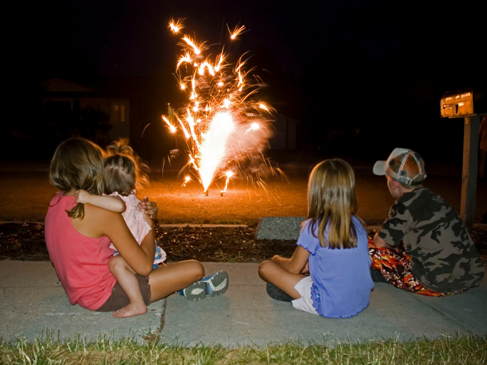 21-Kid- friendly-family-fireworks