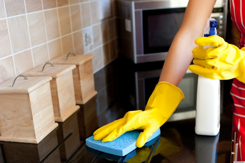 20-Tips-for-Spring-Cleaning_Cleaning
