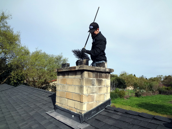 20-Tips-for-Spring-Cleaning-Chimney-