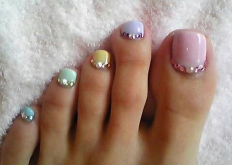 19-Nail-Designs-cool-colors_