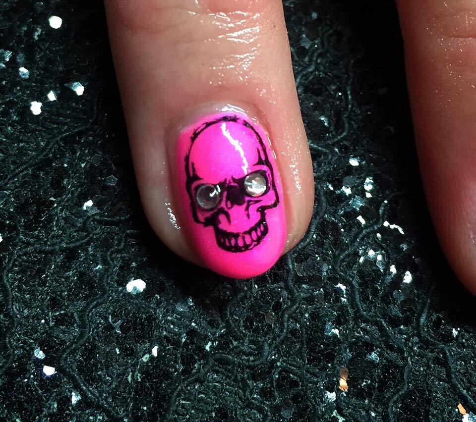 19-Nail-Designs-rock-star