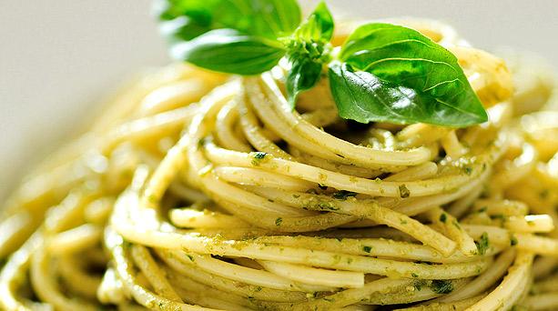 10-Easy-Pasta-linguine-marvini-