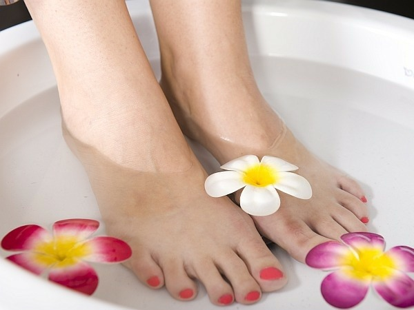 13-ways-ready-for-summer--pedicure