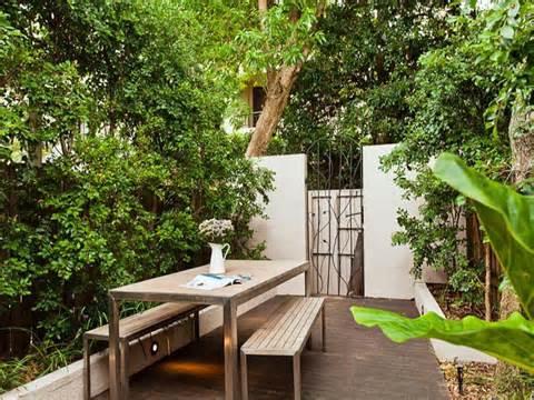 10-ways-refresh-your-backyard-table