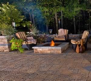 10-ways-refresh-your-backyard-firepit