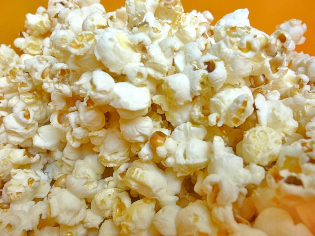 13-Healthy-Snacks-for-kids-Popcorn