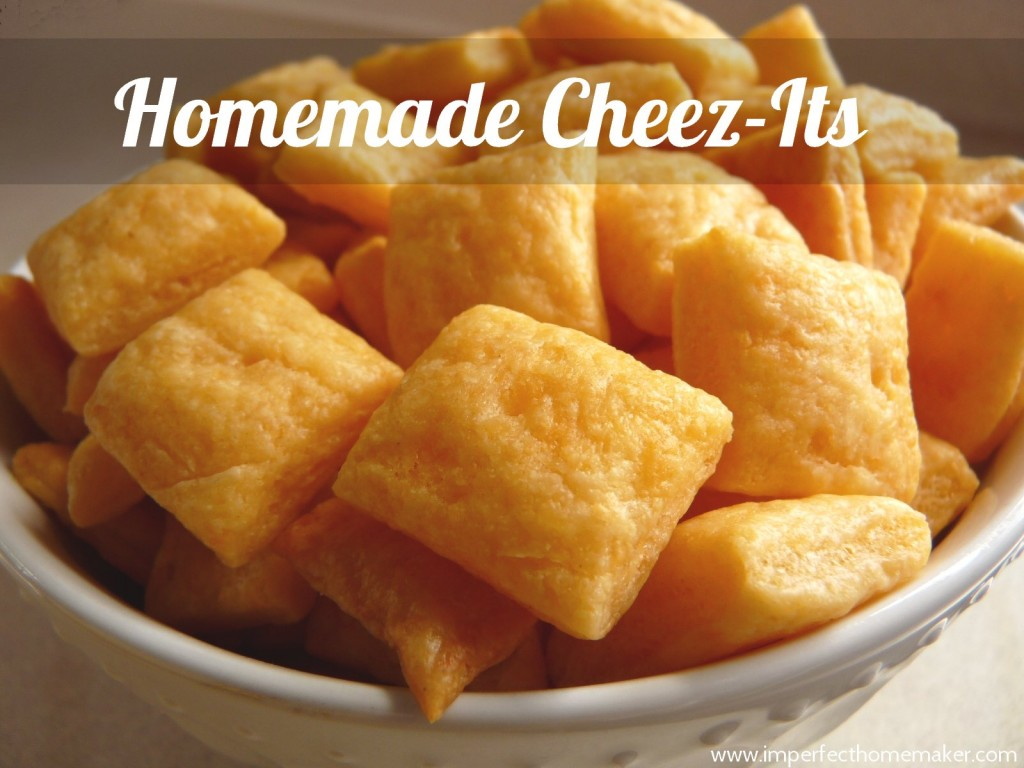 13-Healthy-Snacks-for-kids-homemade-cheez-its