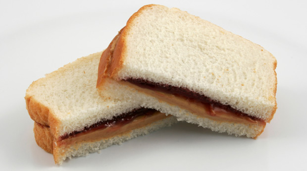 13-Healthy-Snacks-Work-Peanut-Butter-and-Jelly-Sandwich