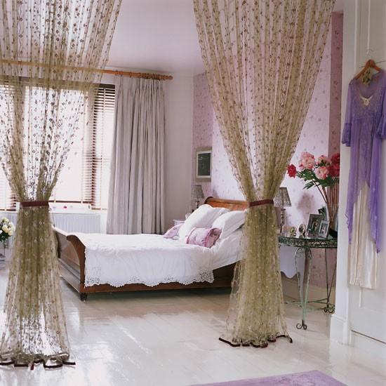 10-Frugal-Ways-bedroom--curtains