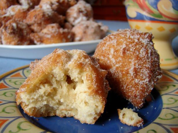 11-Easy-Donut-Recipes-home-apple-sauce