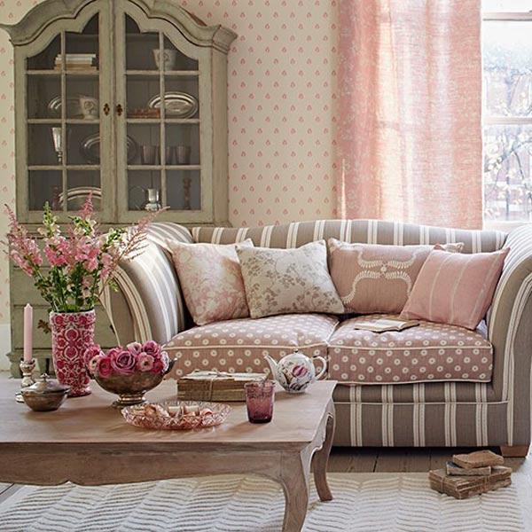 12-Ways-to-Organize-living-room-plants