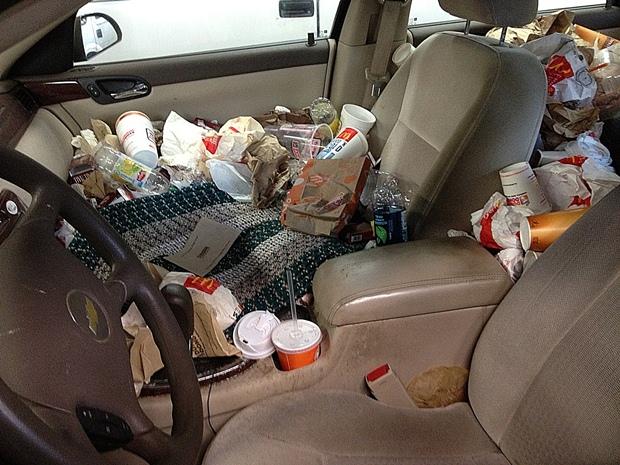 10-Ways-to-Organize-Car-declutter