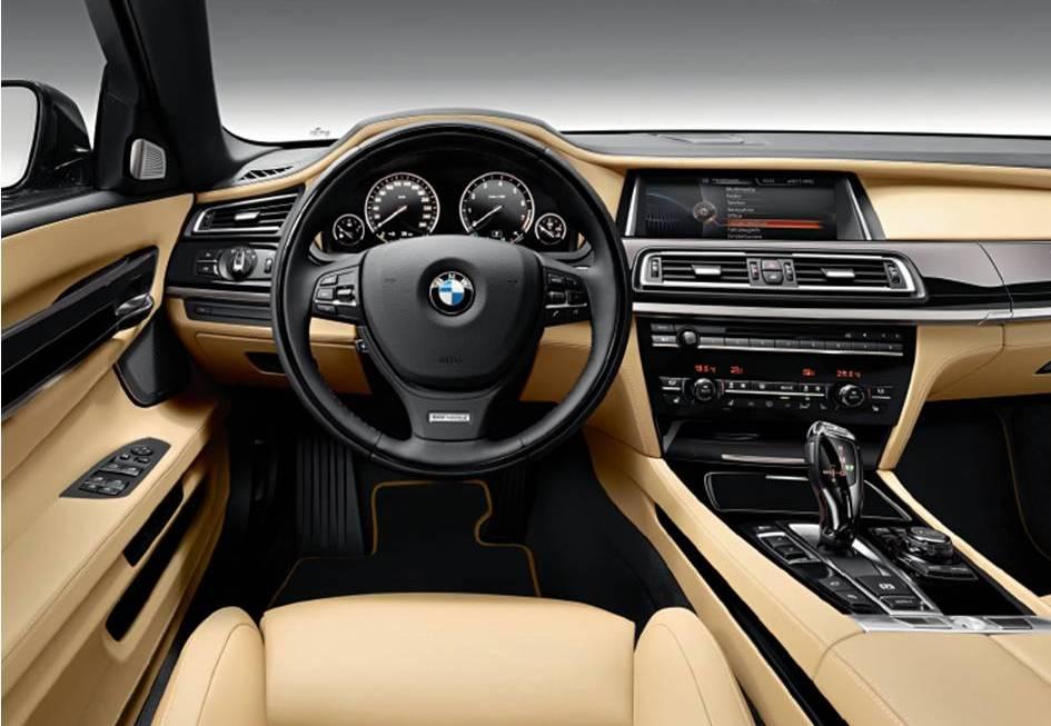 10-Ways-to-Organize-Car-interior_l