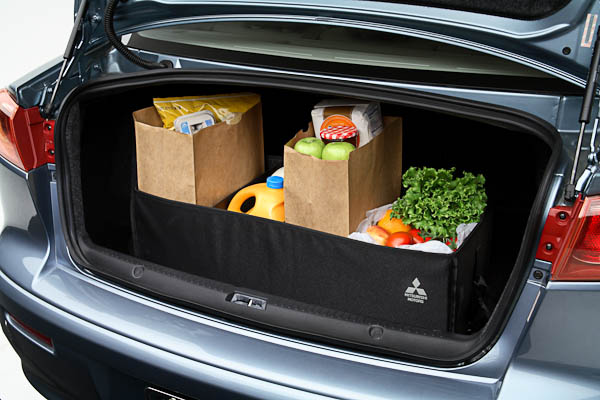 10-Ways-to-Organize-Car-orderly-clean