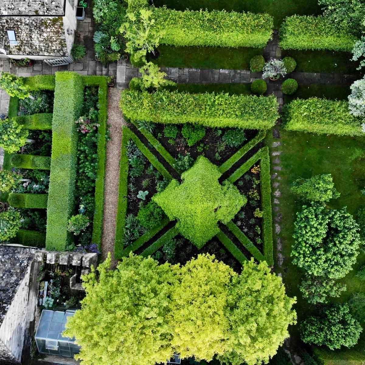 Amazing garden pyramid
