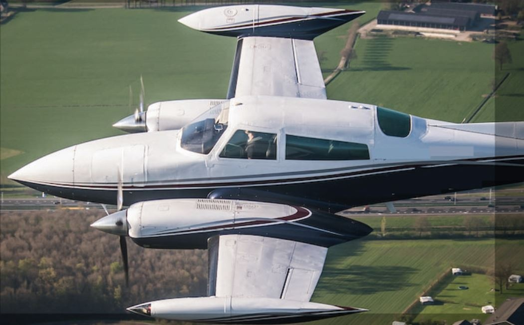 Cessna 310 for hire