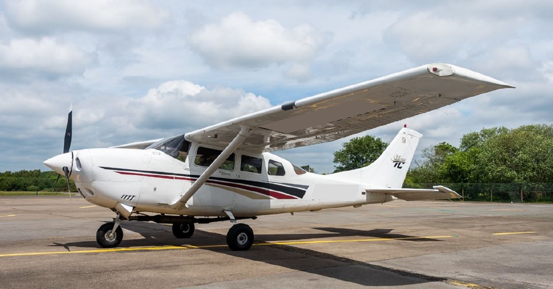 Cessna 206 for hire