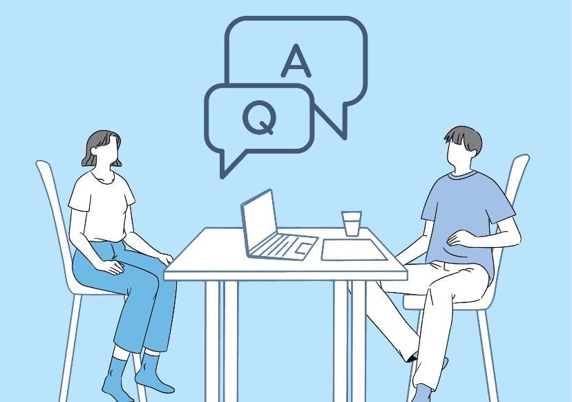 Two people talking with speech bubbles above them