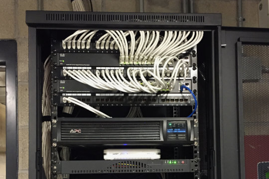 Server and wires - Forbel professional installation.