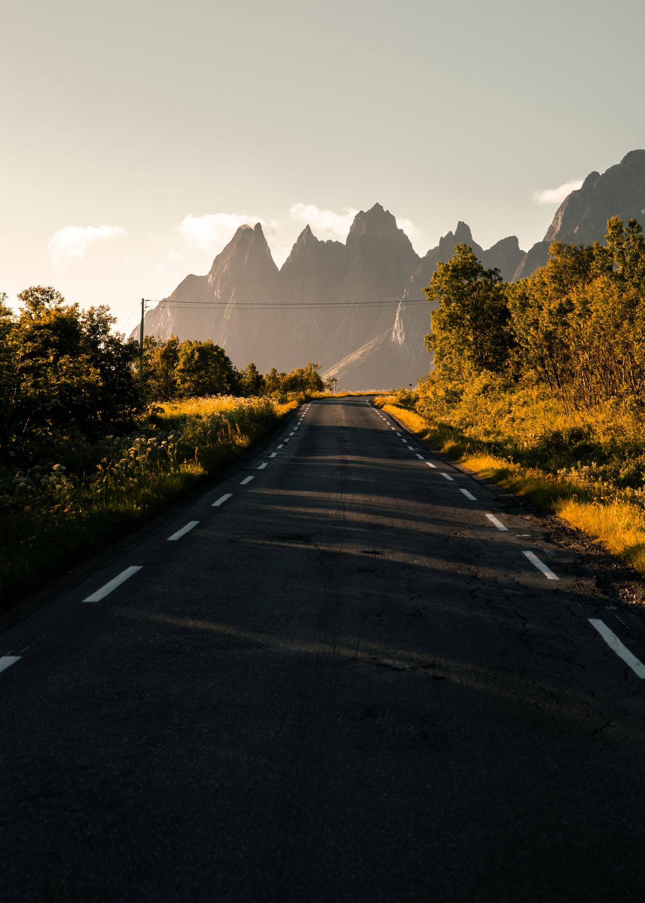 Veien til fjellene på Senja