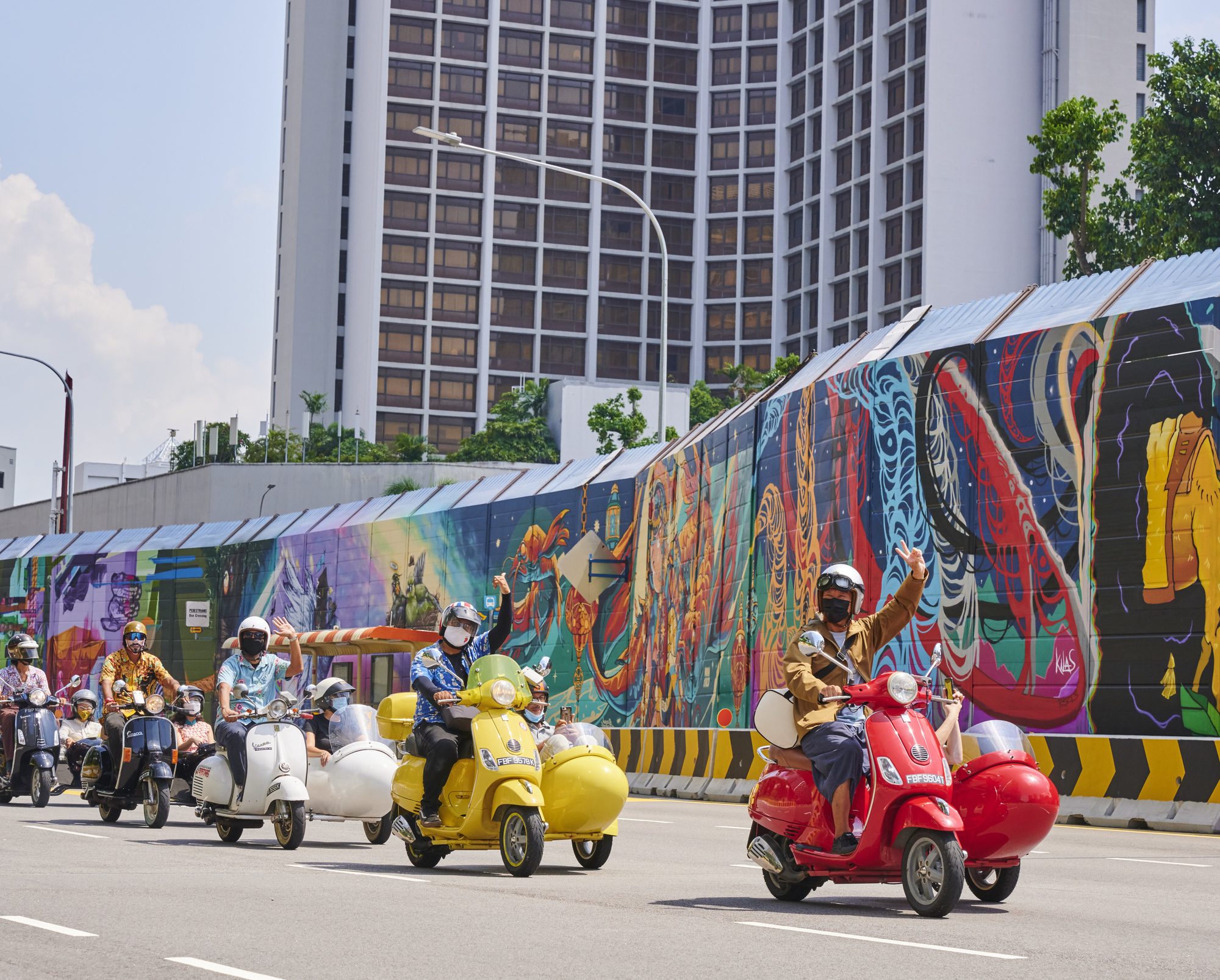Journey Around Kampong Gelam: See Street Art in the Precinct with These Tours!