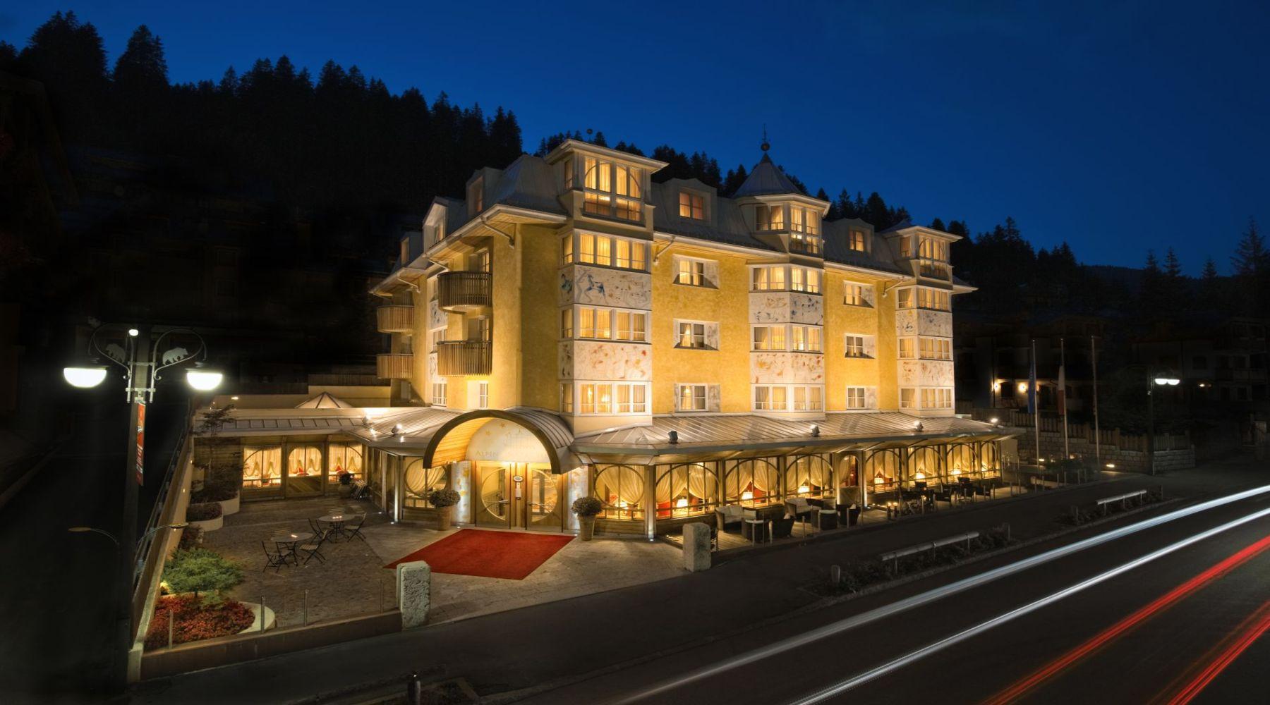 Alpen Suite Hotel, Madonna di Campiglio, Włochy